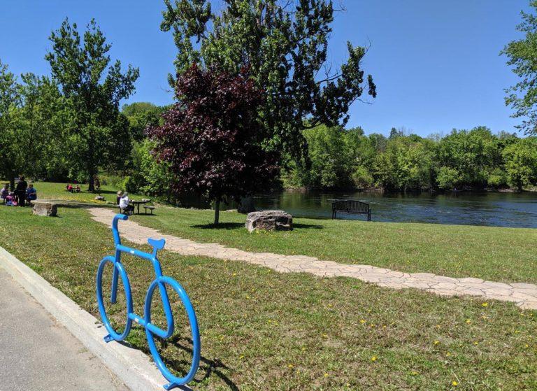 Metcalfe Park bike lock